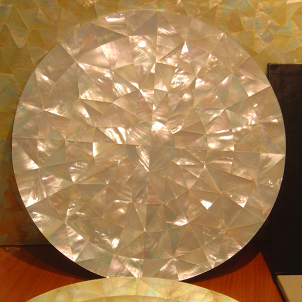 "Gold Mother of Pearl Mosaic Shell Tabletop 18"", 1 piece"