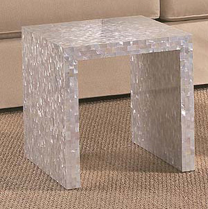 "Shell Table 14 x 14 x 14.25"", 1 table"